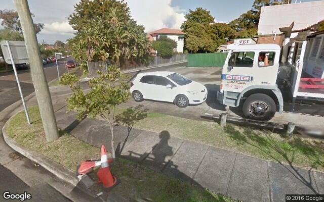 parking on Princes Hwy in Kogarah