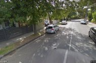 parking on Manningtree Road in Hawthorn