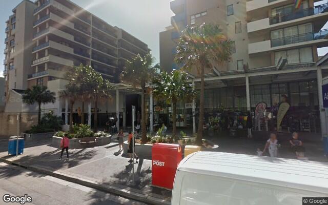 parking on Bourke St in Mascot
