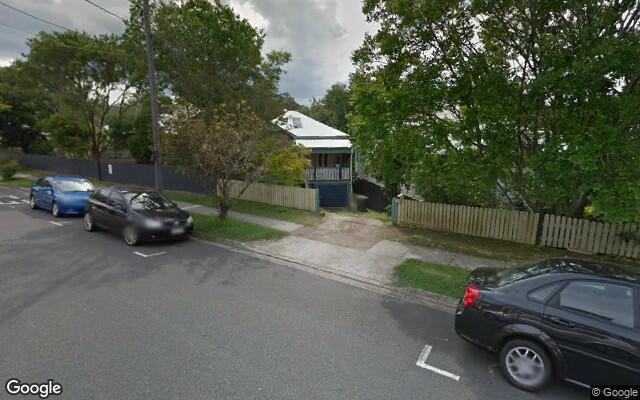 parking on Hetherington Street in Herston QLD