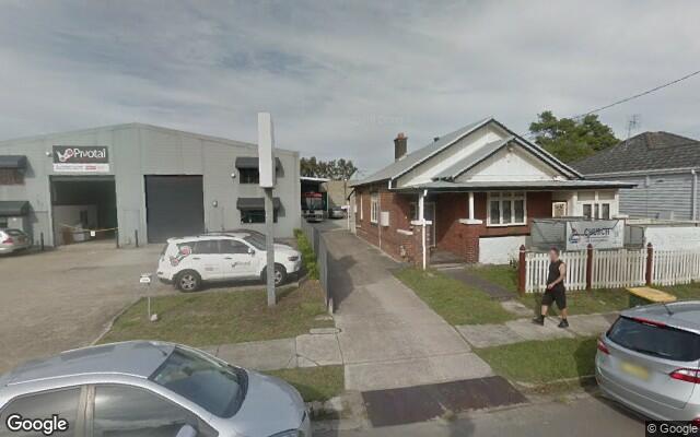 parking on Hudson Street in Hamilton NSW