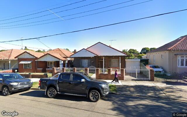 parking on A'beckett Avenue in Ashfield New South Wales