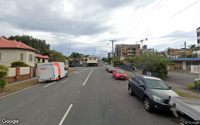 parking on Bell Street in Kangaroo Point