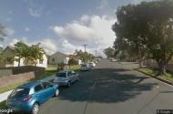 parking on Bridge St in Coniston NSW 2500
