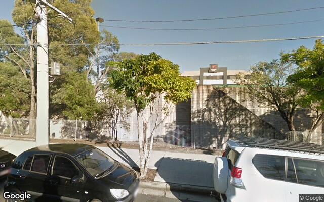 parking on Carl Street in Woolloongabba