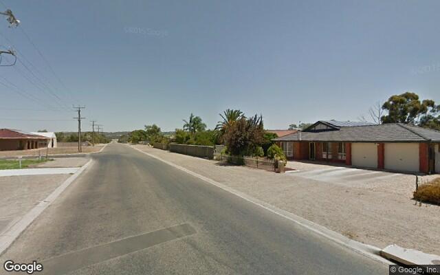 parking on Christian Road in Murray Bridge SA