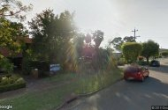 Parking close to Perth Airport & train station