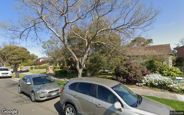 Glen Waverley - Safe Covered Parking near Train Station