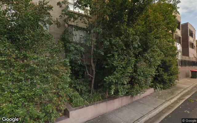 parking on Gladstone St in Kogarah