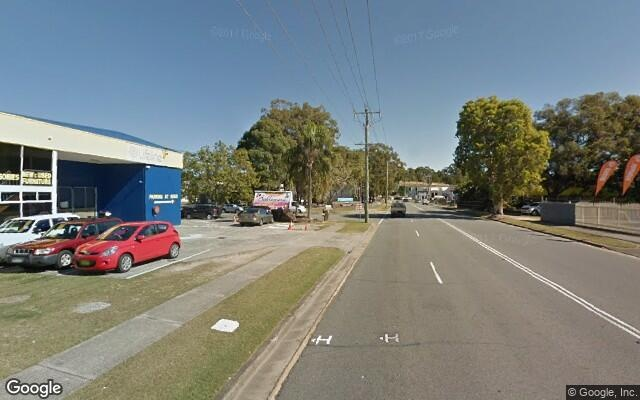 parking on Greenway Drive in Tweed Heads South