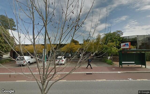 parking on Hampden Rd in Nedlands