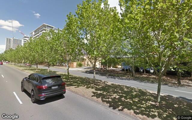 parking on Herring Road in Macquarie Park