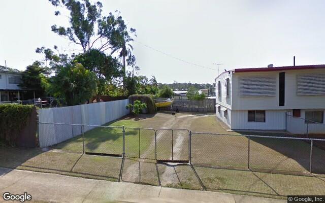 parking on Horton St in Kingston QLD 4114