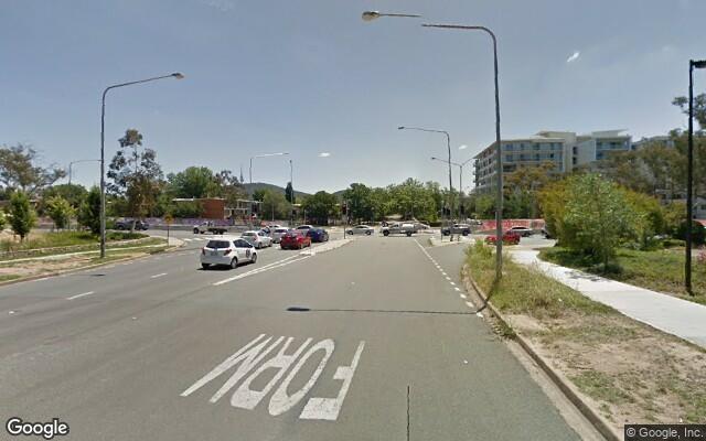 parking on Ipima St in Braddon ACT 2612