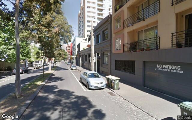 parking on Jeffcott St in West Melbourne VIC 3003