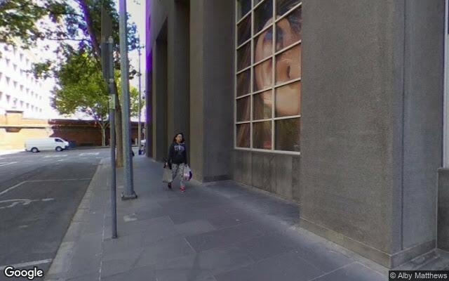 parking on La Trobe St in Melbourne