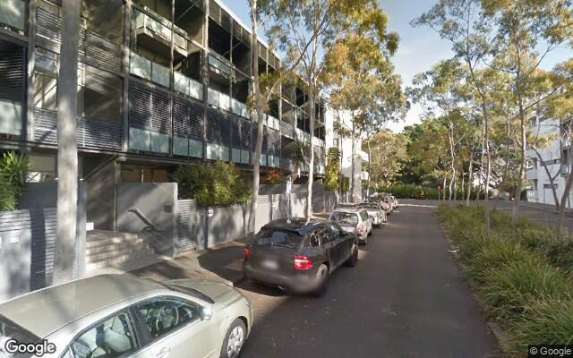 parking on Grandstand Parade in Zetland NSW