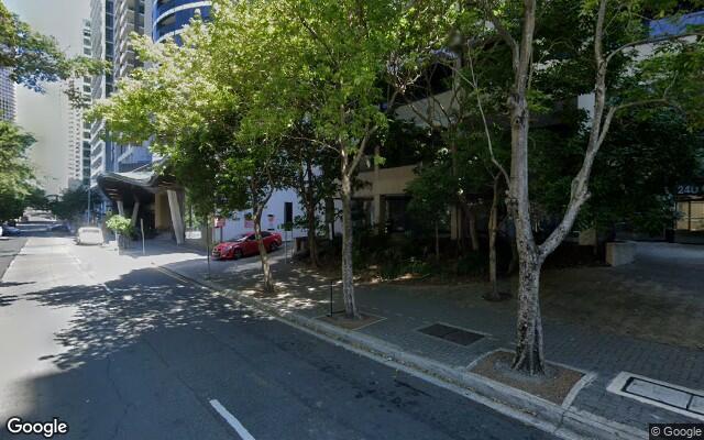 Brisbane City - UNRESERVED Parking near Eagle Street Pier
