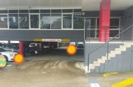 parking on Mayneview Street in Milton QLD 4064
