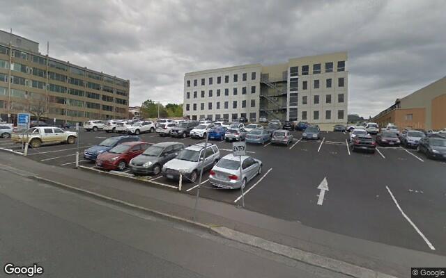 parking on Montpelier Retreat in Battery Point