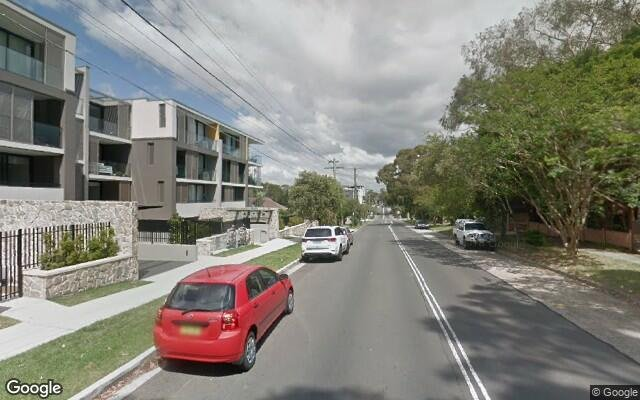 parking on Mowbray Rd W in Lane Cove North