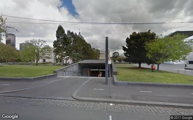 parking on Nicholson Street in Carlton