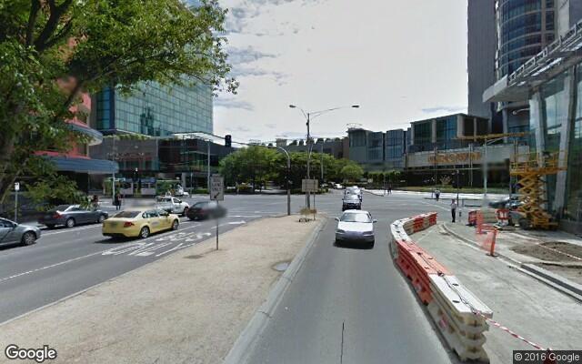 parking on Queensbridge Street in Southbank