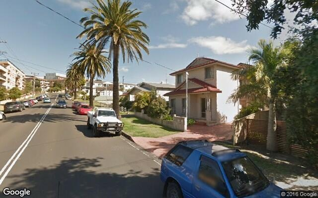 parking on Robinson St in Wollongong