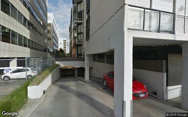 parking on Saint Kilda Road in Melbourne