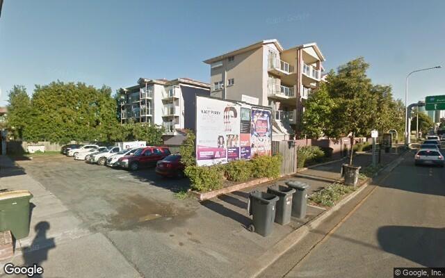 parking on Shafston Avenue in Kangaroo Point
