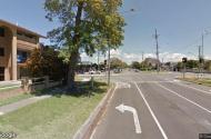parking on T E Peters Drive in Broadbeach Waters QLD