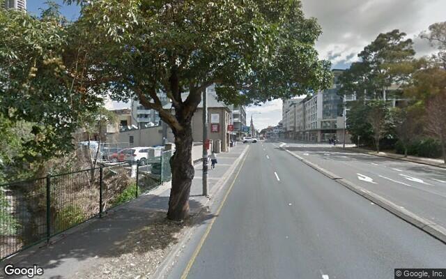 parking on Victoria Rd in Parramatta NSW 2150