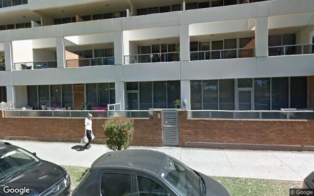 parking on Walker Street in Rhodes