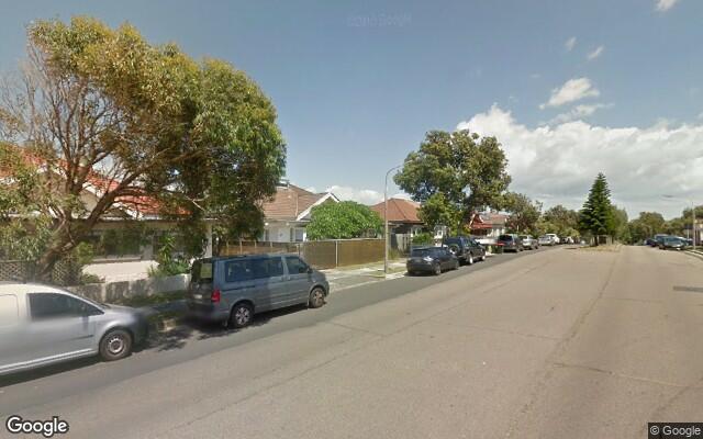 parking on Warners Ave in Bondi Beach NSW 2026