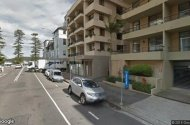 parking on Wentworth Street in Manly
