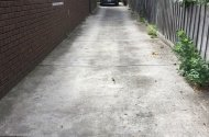 parking on Whitmuir Rd in Bentleigh VIC 3204