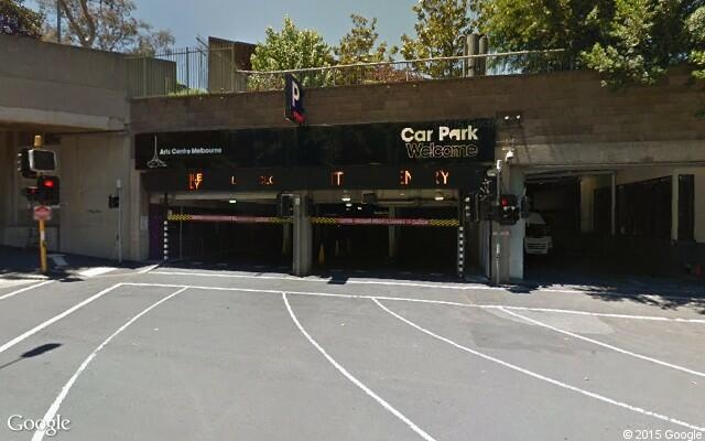 parking on Sturt Street in Southbank