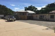 parking on Johnston St in Stratford QLD 4870