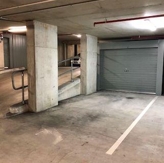 parking on Grey Street in South Brisbane Queensland