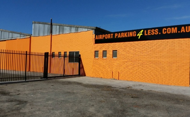 parking on Abernethy Rd in Belmont