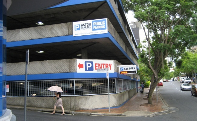 bay 74 Parking in Spring Hill