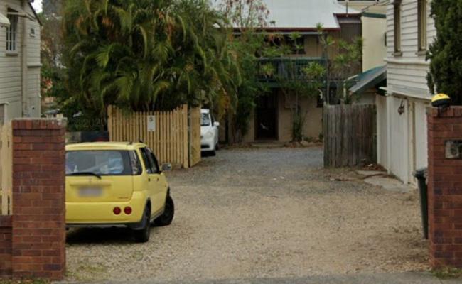 Locked up garage right next to kangaroo point