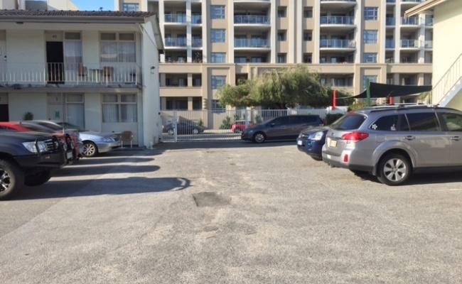 parking on Bennett St in East Perth