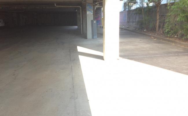 Brisbane - Great Undercover Parking near Hospital #3