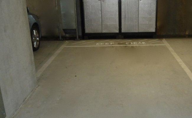 CBD Spring Hill Secured CCTV Car Park Space
