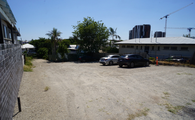 parking on Browning Street in South Brisbane