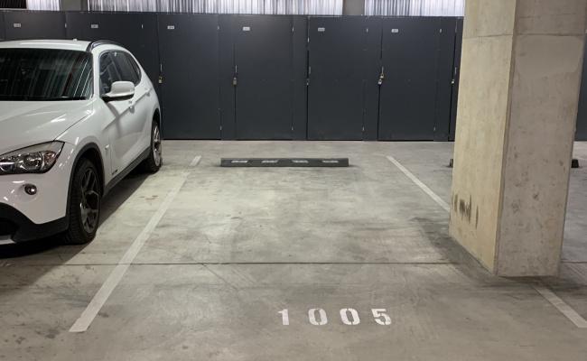 parking on Bunda Street in Canberra