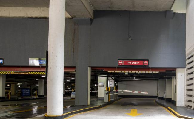 Brisbane City - RESERVED Parking near Holiday Inn Express