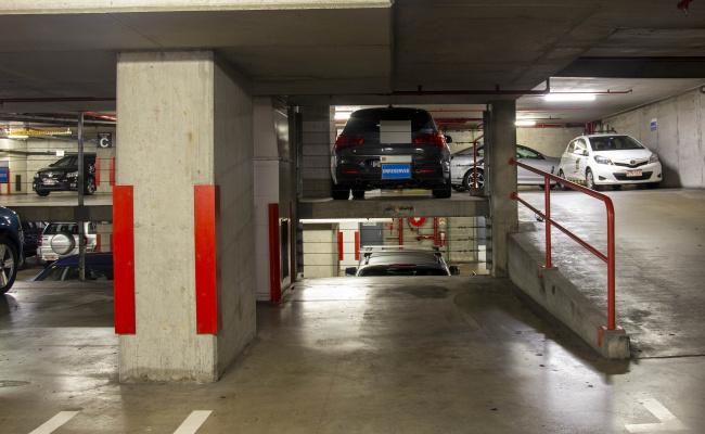Brisbane City - UNRESERVED Parking near Central Station