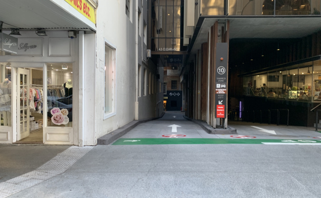 parking on Elizabeth Street in Brisbane City QLD